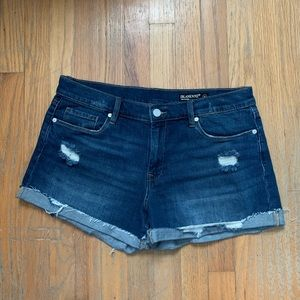 Blank NYC the Fulton Distressed Roll Up Short